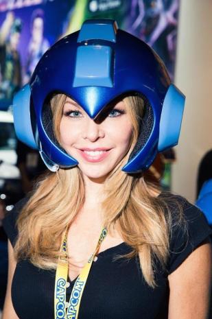 Cobertura E3 2015 - Booth Babes (28)