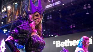 Cobertura E3 2015 - Booth Babes (30)