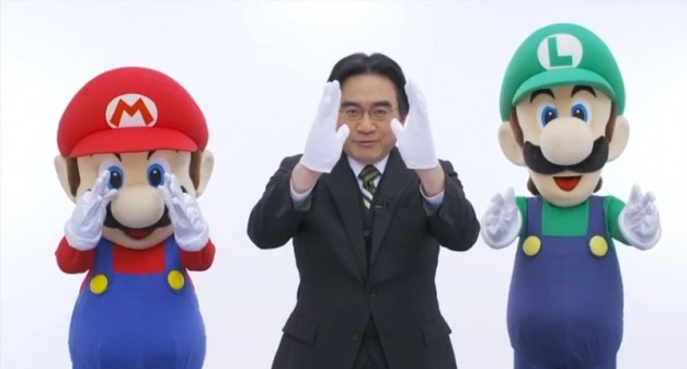 Satoru Iwata con Mario & Luigi